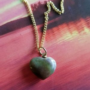 Vintage green stone heart necklace gold tone